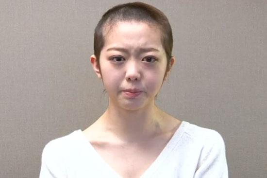 AKB48 Minami Minegishi headshave